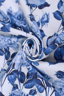 MAX 1653 bílý úplet s motýlem a květy